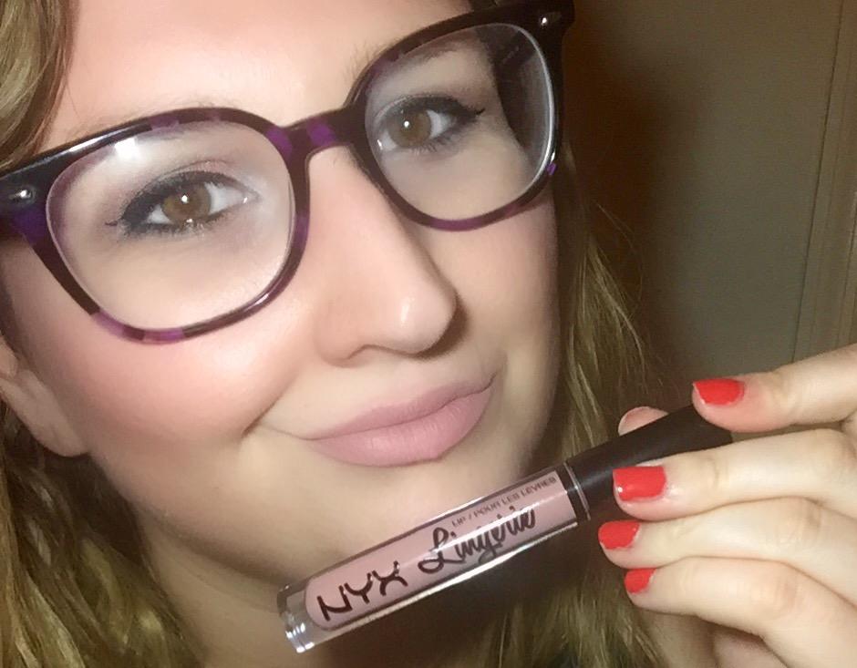 NYX Lip Lingerie Lace Detail